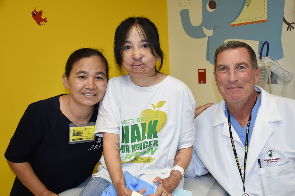 Sen, Trang and Doctor Ehrlichman